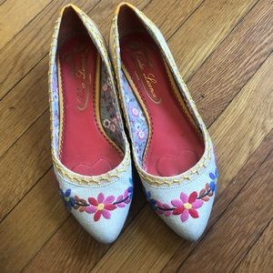 Poetic license tiny dancer embroidered  flats 8